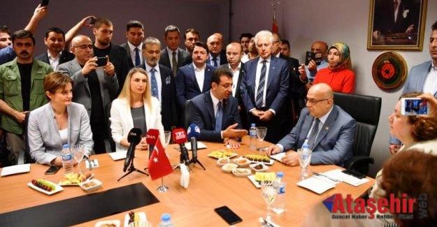 İBB Başkanı Ekrem İmamoğlu, mazbatasına ikinci kez kavuştu.