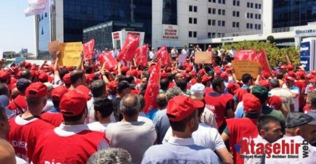 Ataşehir Belediyesi'nde işçiler Grev kararı astı