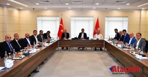 İBB Başkanı Ekrem İmamoğlu belediye başkanlar ile buluştu