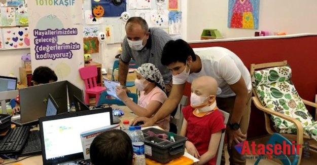 Kanser tedavisi gören çocuklara robotik ve kodlama eğitimi