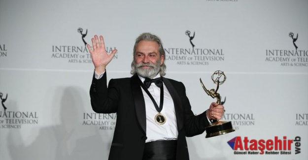 Haluk Bilginer en iyi erkek oyuncu' seçildi