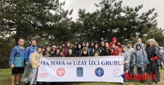 Ataşehir'de 7 kilometre yürüdüler 440 rakımda çöp topladılar