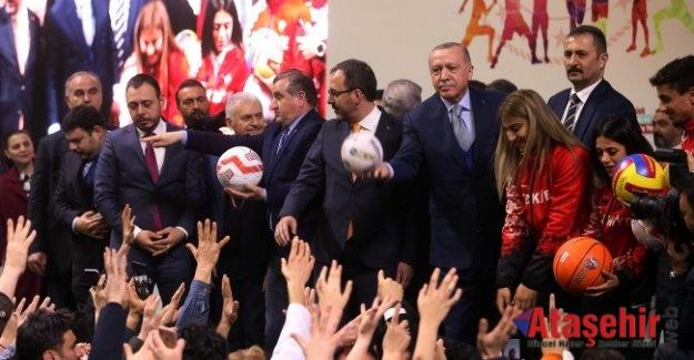 Burhan Felek Atletizm Stadını Cumhurbaşkanı Erdoğan hizmete açtı
