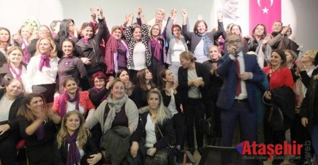 Seval Düzenli CHP Ataşehir İlçe Kadın Kolları başkanı oldu.