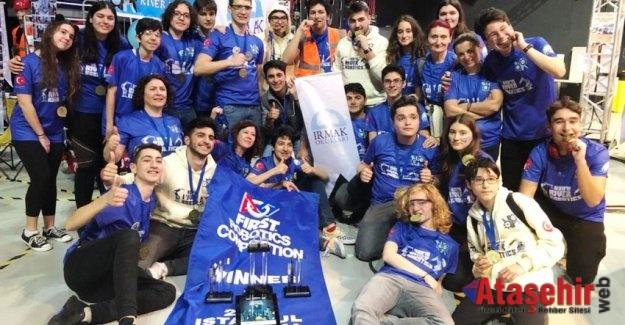 River Robotics #8079'un Dünya Şampiyonası sevinci!