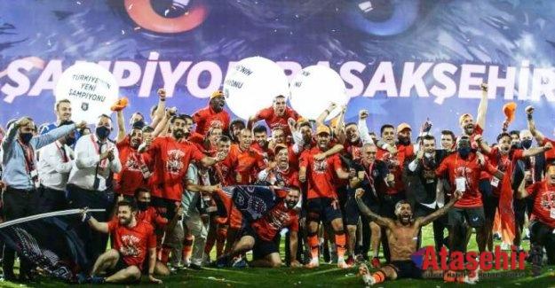 Başakşehir şampiyon oldu!