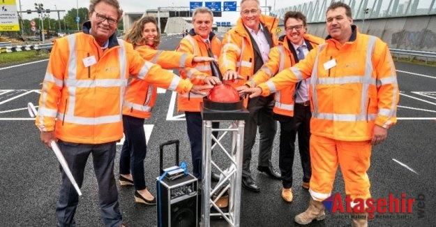 """Hollanda'nın """"En Uzun Kara Tüneli""""nde Rönesans Holding İmzası"""