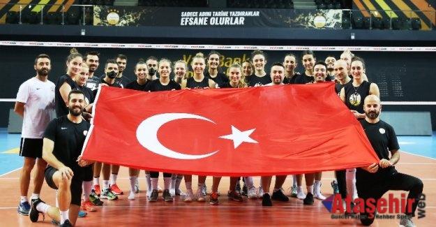 Türk bayrağını dünyanın her yerinde dalgalandırıyoruz