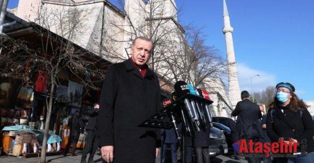 Cumhurbaşkanı Erdoğan, Cuma namazı çıkışında gazetecilerin sorularını cevapladı