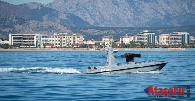 Türkiye'nin ilk silahlı deniz aracı ULAQ suya indirildi