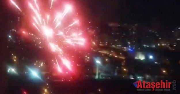 Ataşehir'de 'tam kapanma'da havai fişek gösterisi