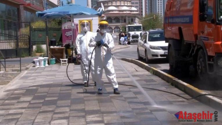 Ataşehir'in cadde ve sokaklarında bahar temizliği