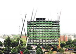 15 katlı inşaat 6 günde bitti