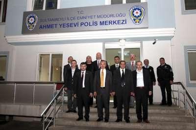 SULTANBEYLİ'DE BAYRAM COŞKUSU