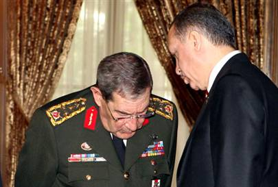 CHP 27 Nisan e-muhtırasını yargıya taşıyor