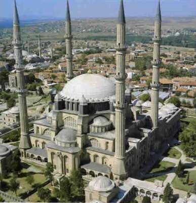 Türk-İslam tarihinin en ihtişamlı yapısı: Selimiye Camii