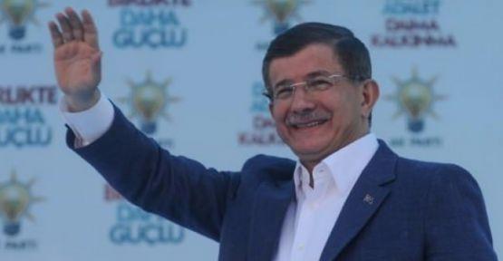 Başbakan Davutoğlu Ataşehirlilerle buluştu