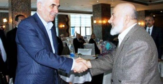 Erol Kaya Ataşehirde yaşlılarla buluştu