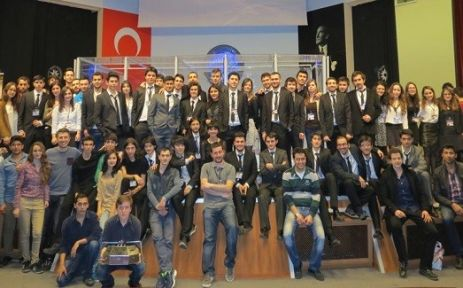Robotlar İstanbul'da yarıştı