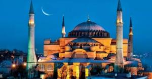 Rusya: Ayasofya'nın camiye dönüştürülmesi kararı, Türkiye'nin içişleri