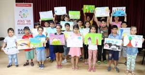 Ataşehir'de Çocuklardan barış resimleri