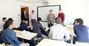 """""""Amacımız Sultanbeyli'de Gençlerimize Hizmet Etmek"""""""