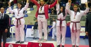 Berranur 2016'ya Altın Madalyayla Başladı