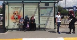 ÜSTAD NECİP FAZIL'A İETT'DEN VEFA DURAĞI