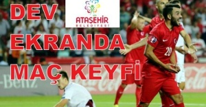 Ataşehir'de Dev ekranda maç keyfi