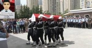 Ataşehir İlçe Emniyet Müdürlüğü'nde Şehit polis için tören