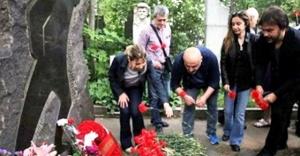 Nazım Hikmet, Moskova#039;da mezarı...