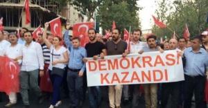 Ataşehir Demokrasi Nöbetinde!