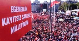 """CHP'den Taksim'de """"Cumhuriyet ve Demokrasi"""" mitingi"""