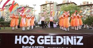 """Ataşehir  """"Kardeş Kültürlerin Festivali""""nden Muhteşem Gala"""