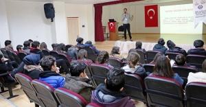 ATAŞEHİR'DE, UYUŞTURUCUYA KARŞI 13 BİN GENC EĞİTİLDİ