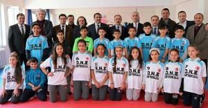 Ataşehir Duriye Nuriye Öğrencileri Spor sınıfına kavuştu
