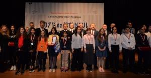 1. Genç Yazarlar Hikâye Yarışması'nın sonuçları belli oldu.