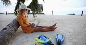 Online tatil harcamaları 10 milyar lirayı aştı