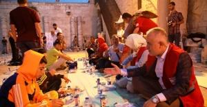 Kızılay, Ramazanın bereketini Mescid-i Aksa'ya taşıdı