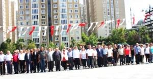 CHP, ATAŞEHİR'DE 15 TEMMUZ ŞEHİTLERİNİ ANDI