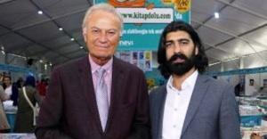 Ataşehir Kitap Şenliği'nde Ediz Hun ve Ahmet Ümit kitaplarını imzaladı
