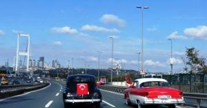 KLASİK OTOMOBİLLER'DEN CUMHURİYET BAYRAMI KONVOYU