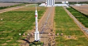 Çin'in uzay istasyonunun parçaları 'Türkiye'ye düşebilir'