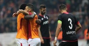 Galatasaray, Gençlerbirliği'ni 5-1 mağlup etti.