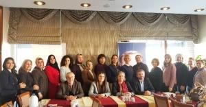 Ak Parti Ataşehir İlçe Kadın Kolları Okul Müdireleri ile Buluştu