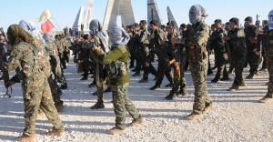 Suriyeli milletvekilli: Suriye ordusu, Afrin için YPG'ye silah veriyor