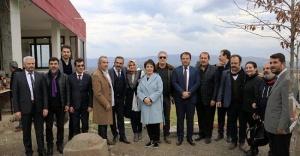 Ünlü isimlerden Askere 'Zeytin Dalı' desteği