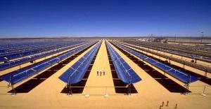 Suudi Arabistan güneş enerjisine 200 milyar dolar