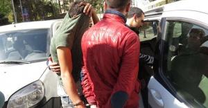 Kadıköy'de hırsızlar kıskıvrak yakalandı