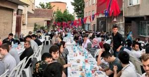 AK Parti Mahalle İftarı, Yenisahra Mahallesi'nde Gerçekleşti